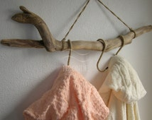 Wall mount bathrobe rack, towel rack,hat hanging,coat hanger,clothes hanger,rack,driftwood,jute,coat rack,three S-hooks,beach,home decor