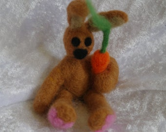 Needle felted bunny with carrot