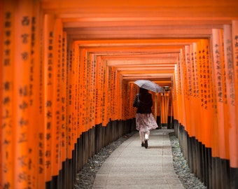 fushimi inari, torii, temple, kyoto, photo, photographie, red, shrine, sanctuary, dress, art, print, poster