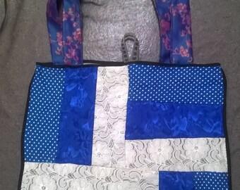 Blue & White Lace Pinwheel Quilt Shoulder Bag