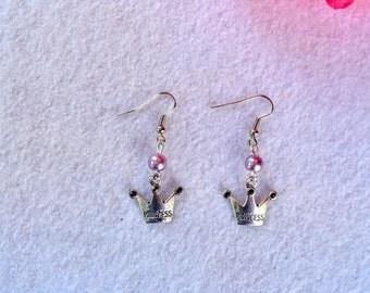 Crown pair of earrings