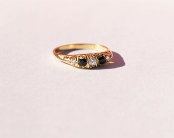 Antique ring - antique engagement ring - antique jewelry - gold cz ring - sapphire cz  ring - art deco ring - edwardian ring - vintage - 225