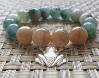 Quartz bracelet with frog charm