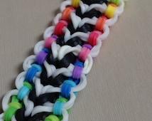 Rainbow Loom Norwood bracelet- reversible and customizeable!