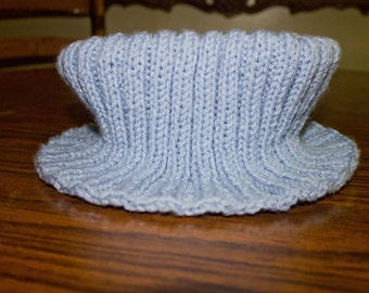 A Knit Cowl in Blue Moon