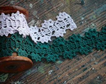 Hand Crocheted Linen Edging, Lace Trim -- natural linen
