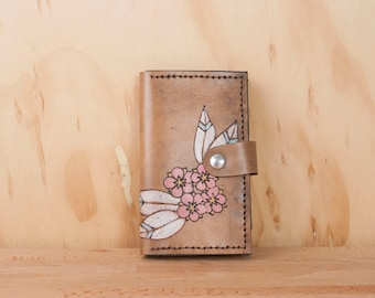 iPhone 6 Case Wallet Leather - Flower iPhone Case - Dakota pattern in white, pink and anitque black - iPhone 6 and iPhone 6 plus