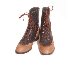 Vintage 1980s Two Tone Leather Laredo Western Boots size 8 and a half