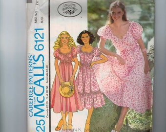 1970s Vintage Sewing Pattern McCalls 6121 Misses Laura Ashley Wrap Peasant Gathered Dress Size Petite 6 8 Bust 30 1/2- 31 1/2  70s 1978