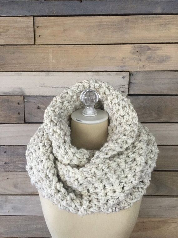 Chunky Infinity Scarf | style #1010