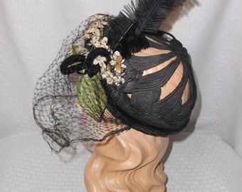 40s 50s Vintage Black Hat with Cut Out Crown Feathers and Flowers