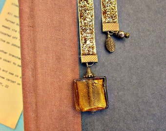 Glittered Gold Beaded Ribbon Bookmark with Gold Glass Accent: Gold Bar