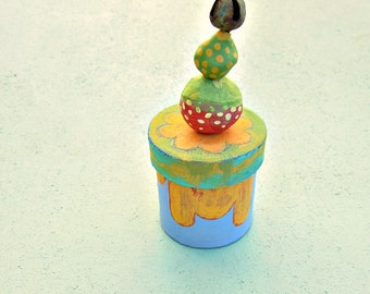 Small Colorful Bead Top Hand Painted Paper Mache Box: Circus