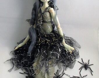 VAMPIRE VELVET, ball jointed paper clay art doll, handmade in the USA