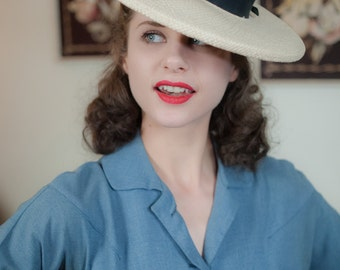 Vintage 1930s Hat - Ideal Summer White Straw Late 30s Tilt Hat with Contrasting Navy Grosgrain by New York Creations