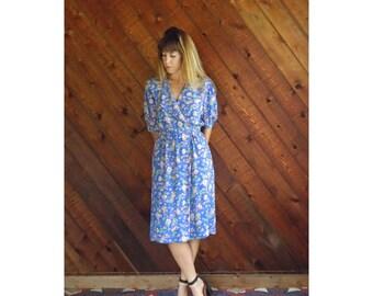 Periwinkle Floral s/s Tea Length Dress - Vintage 80s - S/M