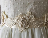 Wedding Sash in Floral Ivory Embroidered Pattern and Rhinestones / Bridal Sash / Bridal Belt / Wedding Belt / Silk Sash / Handmade