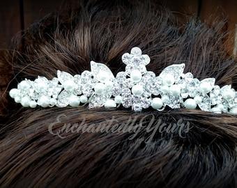 Wedding Tiara, Bridal Silver Rhinestone and Pearl Encrusted Crown Hair Comb Veil Accessory, Hair Jewelry Princess, Prom Accessory Head Piece