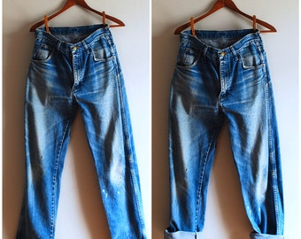 Fantastic Naturally Distressed Vintage Boyfriend Jeans