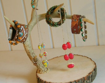 Antler Jewelry Display Stand / Rustic Jewelry Stand / Wooden Jewelry Stand / Deer Jewelry