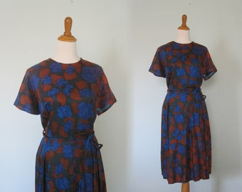 Classic 60s Day Dress in Rust and Indigo - Vintage Fit and Flare Dress with Pleated Skirt - Vintage 1960s Dress XL Plus Size