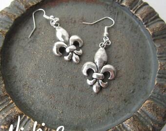 Silver Fleur de Lis Earrings (ERSP1)