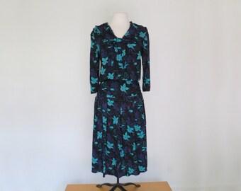 HOTHOUSE FLOWER // neo romantic 1970s or 80s tie neck long dress / L