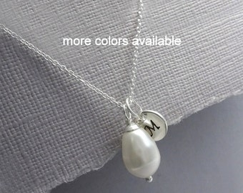 Personalized Bridesmaid Necklace, White Pearl Necklace, Initial Necklace, Maid of Honor Gift, Bridesmaid Gift, Mother of the Bride Gift
