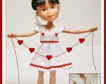 "Sweetheart Dress Pattern Tutorial Pictorial for Bratz Dolls and other 9"" Fashion Dolls"