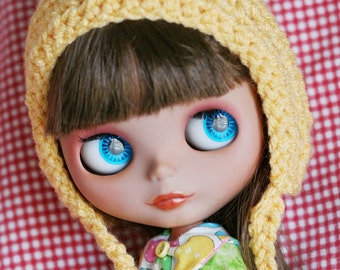 Gnome Helmet for Blythe - Crochet pixie hat - Butter Yellow