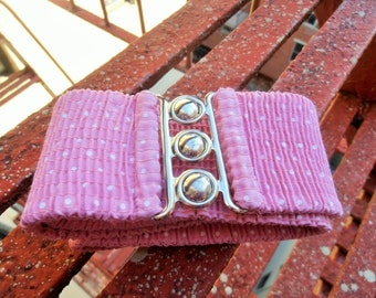 Vintage 1980s Pink and White Polka Dot Elastic Belt by Malco Modes