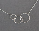 three circles necklace, expectant mother, simple, love, everyday, sterling silver jewelry