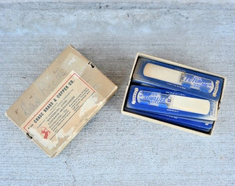 """Instrument Reed, Vintage Sax Reed, 1 1/2, 2, 2 1/2, 3, Plastic Reed Advertising Collectible Maccaferri's  """"Futurity"""" Reed, Alto Sax, Tenor"""