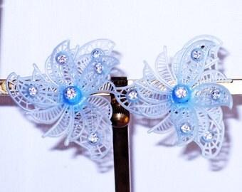 Vintage Blue Plastic and Rhinestone Floral Earrings (E-2-3)