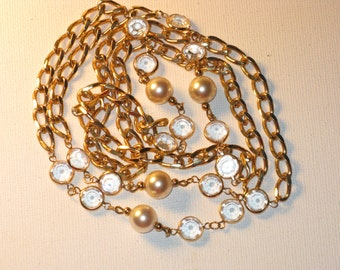 Vintage Long Bezel-Set Crystal and Faux Pearl Gold Tone Necklace (N-1-4)