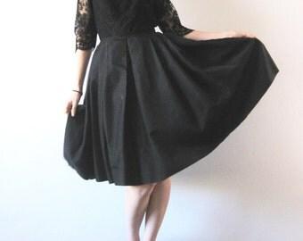 1950s Vintage Dress Black Lace Silk Full Skirt Party Dress XS