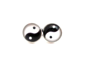Yin Yang Earrings, Yin Yang Jewelry, Black and White Earrings, Chinese Symbols, Symbolic Jewelry, Teen Jewelry, Earrings for Teens