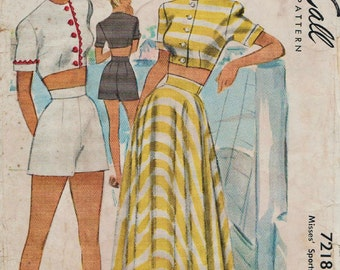 McCall 7218 / Vintage 40s Sewing Pattern / Playsuit Romper / Bra Top / Midriff Blouse / Shorts Skirt / Size 14 Bust 32