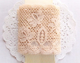 Vintage Taupe Floral Lace / 3 Yards