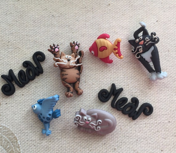 """Cat Buttons, """"Crazy Cats"""" Packaged Novelty Buttons Embellishments by Dress It Up Jesse James Includes Cats Bird Fish, Shank Back Buttons"""