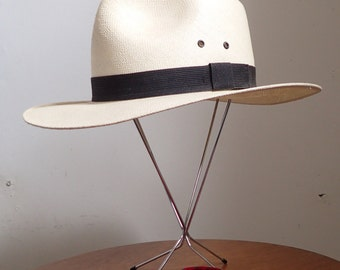 SWANKY Vintage 1980's-1990's BAILEY Straw Fedora Hat w/Black Hat Band - sz Medium - M
