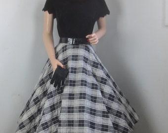 FABULOUS Vintage 1950's Quilted Plaid Circle Skirt - Black & White Plaid Retro Rockabilly - sz SM