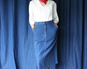 "70s Midi Denim Skirt / Dark Wash Jean Skirt / Western Skirt / High Waisted Jean Skirt /  29"" Waist"