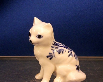 Miniature Delft Cat Kitty Figurine Blue and White Floral  2 inches