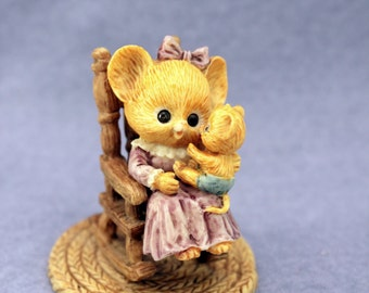 Mrs Shopmouse & Baby Enesco Figurine 1986 Cute Mice Mouse Rocking Baby 870757