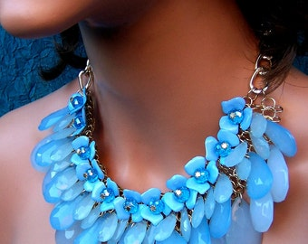 Vintage bib necklace multi strand beaded necklace blue necklace 1980s fashion (ACA)