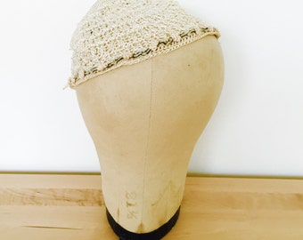 Vintage 1920s crochet lace baby bonnet ribbon-work rosettes trim