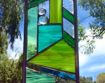 STAINED GLASS garden art - plant stake in Green