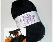 SALE. Black Owl Special. One skein of Nature Spun BLACK 100% Wool Worsted Weight Yarn and 1/2 off Owl Pattern