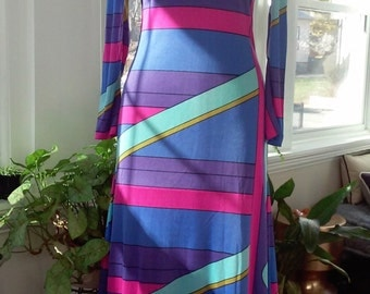 70s DIANE VON FURSTENBERG--Bright and Bold Jersey Maxi Dress--Size 4